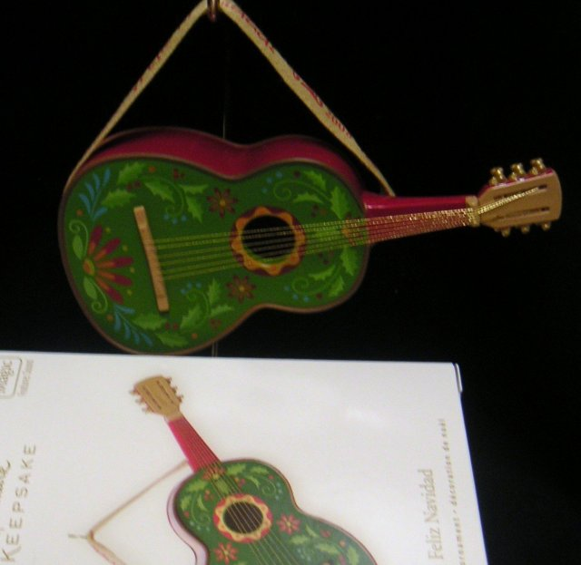 New! Hallmark~FELIZ NAVIDAD w/ Jose Feliciano Music~Guitar~2008 Christmas Ornament