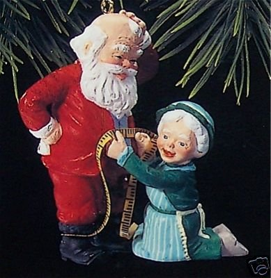 Hallmark Ornament, 1993 A Fitting Moment~Mr & Mrs Claus