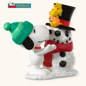 Hallmark WINTER FUN WITH SNOOPY 2008 Christmas Ornament~Peanuts
