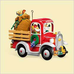 NEW 2006 Hallmark HAPPY HAULERS Christmas Santa Ornament~Sound & Light