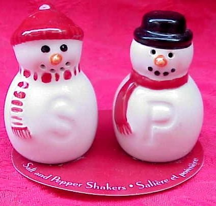 Hallmark Snowmen SALT & PEPPER Shakers~Snowman~NEW!