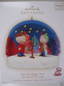 2009 Hallmark JUST THE RIGHT TREE Peanuts Christmas Ornament~Lights and Sound