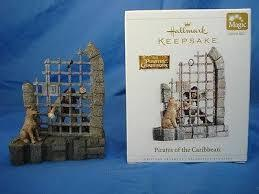 Hallmark 2006 Pirates of the Caribbean- with Sound-Christmas ornament