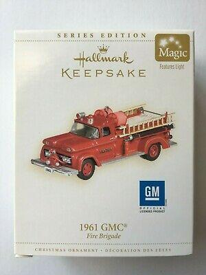 Hallmark 2006 RED Fire Brigade 1961 GMC w/ Light #4 Christmas Ornament