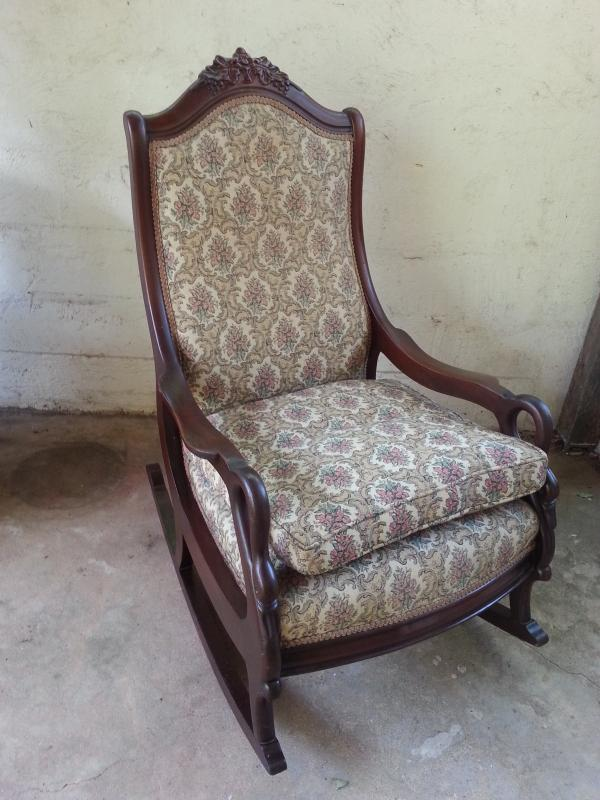 Terrific Swan Arm Rocking Chair Ncnpc Chair Design For Home Ncnpcorg