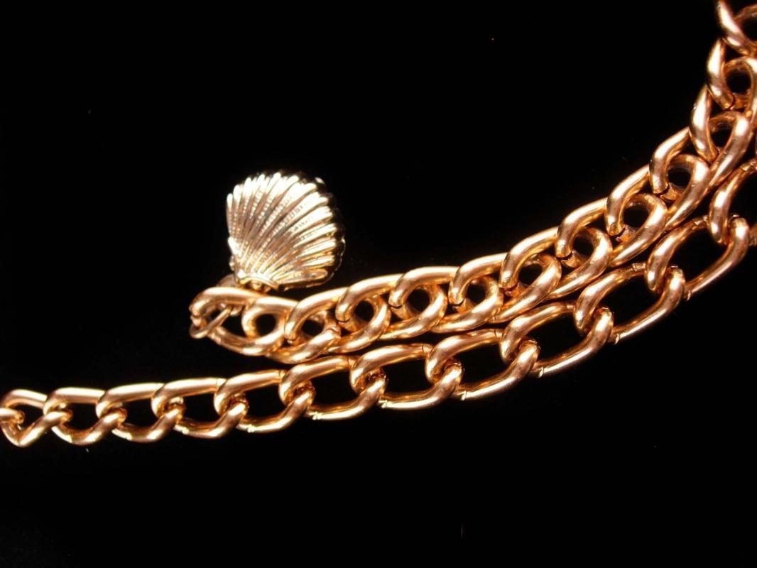 Vintage medieval style 60's belt -  Huge rhinestone medallions - up to 44
