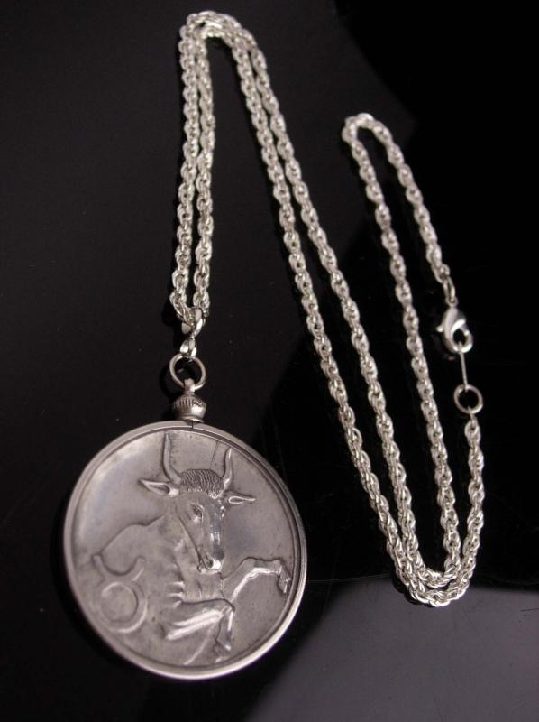 Vintage Taurus necklace - coin pendant - Bull with horns - 25