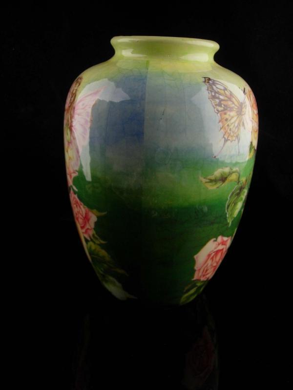 Vintage fairy Vase / 7 1/2