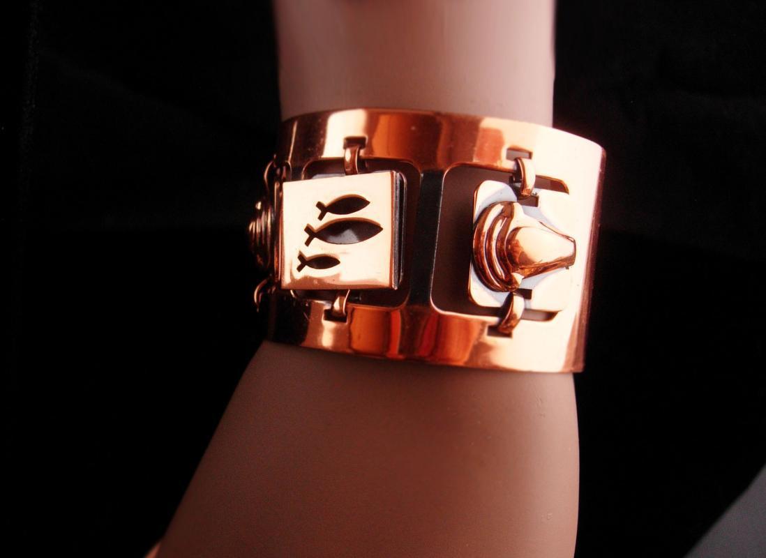 Wide artisan Cuff bracelet - movable links - Vintage copper modernist jewelry - fish bracelet - statement jewelry - Mid Century Modern
