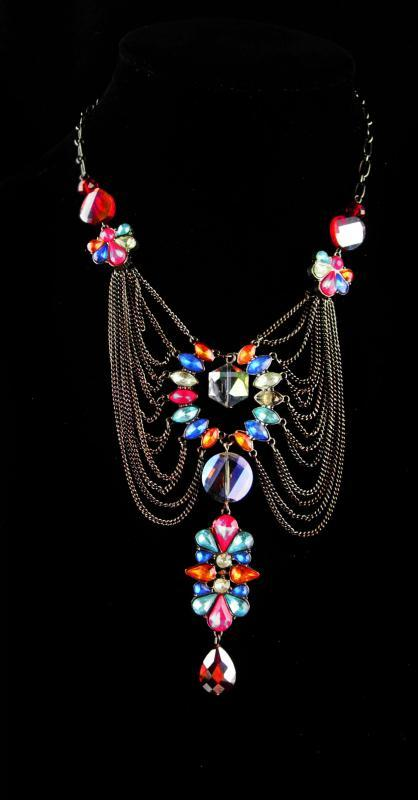 Stunning Edwardian style necklace - Rhinestone statement jewelry - Costume jewelry - dramatic bib necklace - gothic choker