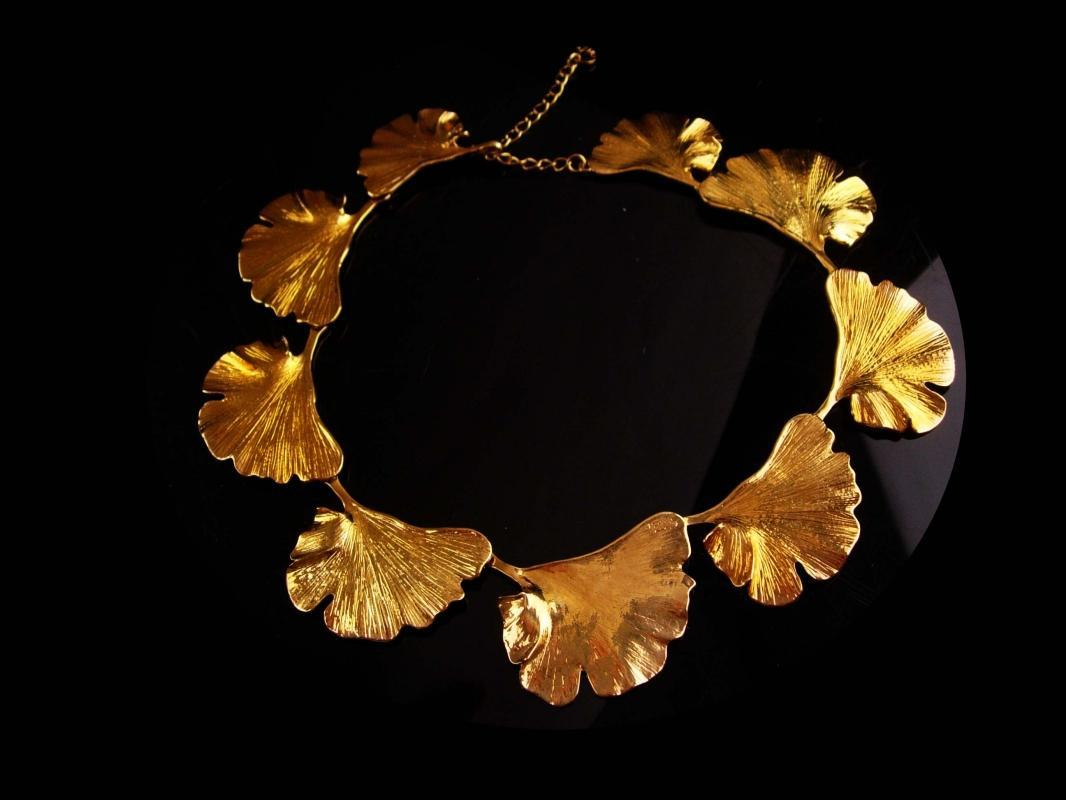 Vintage designer necklace - Large rose gold plate Ginko leaf - Joan Hornig choker - couture costume jewelry - statement jewelry