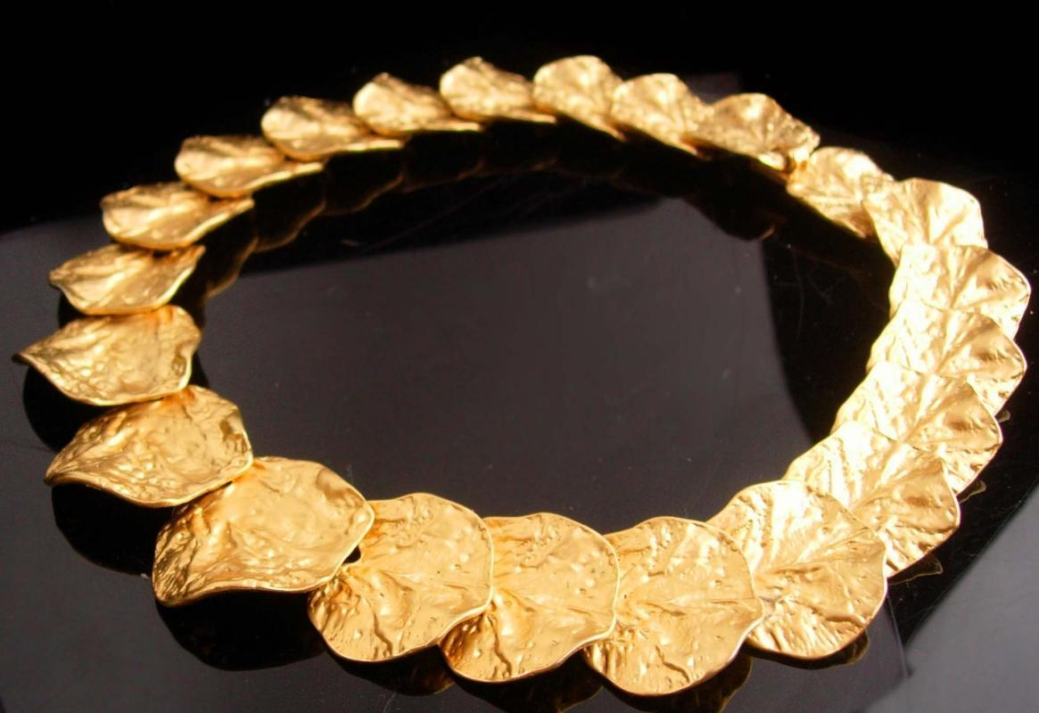 Vintage designer necklace - Large brush gold plate modernist leaf - unsigned beauty - statement choker - couture jewelry - statement jewelry