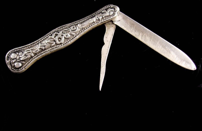 Antique folding pocket Knife - Sterling Victorian Fruit Knife - mens Vintage mens Gift - Silver pocket accessory