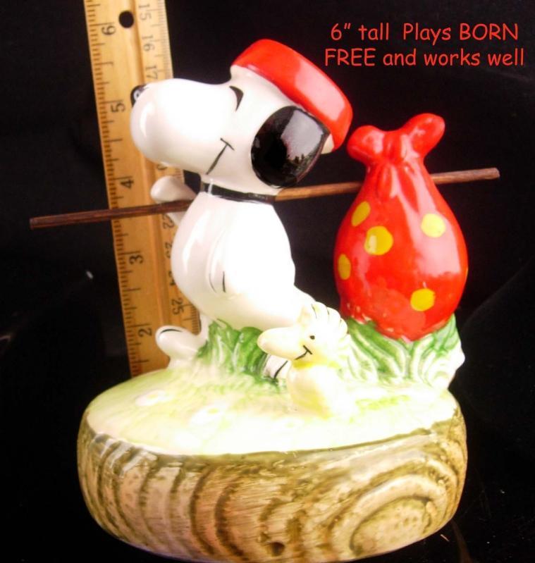 Vintage Woodstock snoopy music box - Born free - Peanuts Dog running away - Granddaughter - works great - Aviva cartoon gift