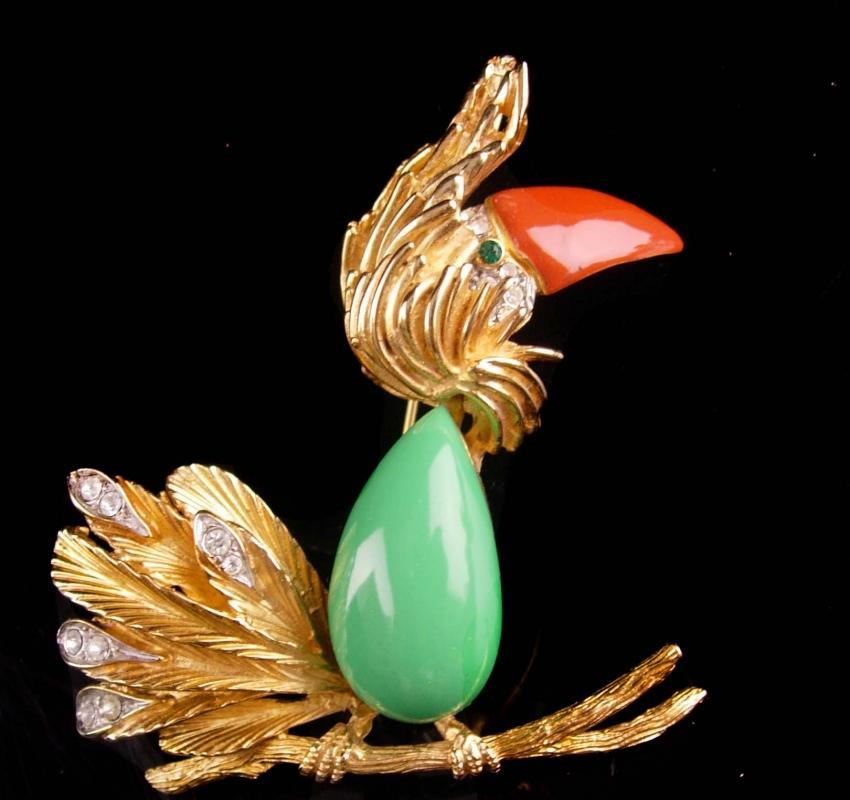 UNUSUAL Edwin Pearl Brooch - Signed couture bird pin - DoDo jewelry - vintage  nautical cockatoo parrot - ladies costume jewelry