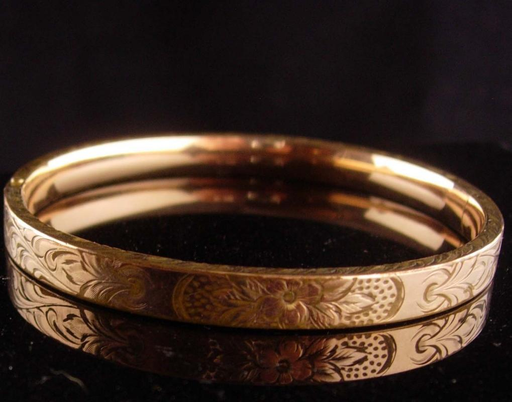 1900s Victorian bracelet - antique rose gold plate bangle - Antique bracelet - Hinged floral bracelet / estate jewelry