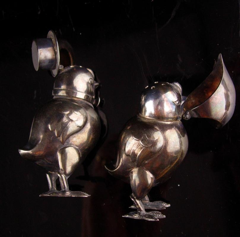 Vintage  sterling penguin  salt pepper set - hinged hat tops - rare unusual silver love  bird set -  Gardener Gift - animal lover