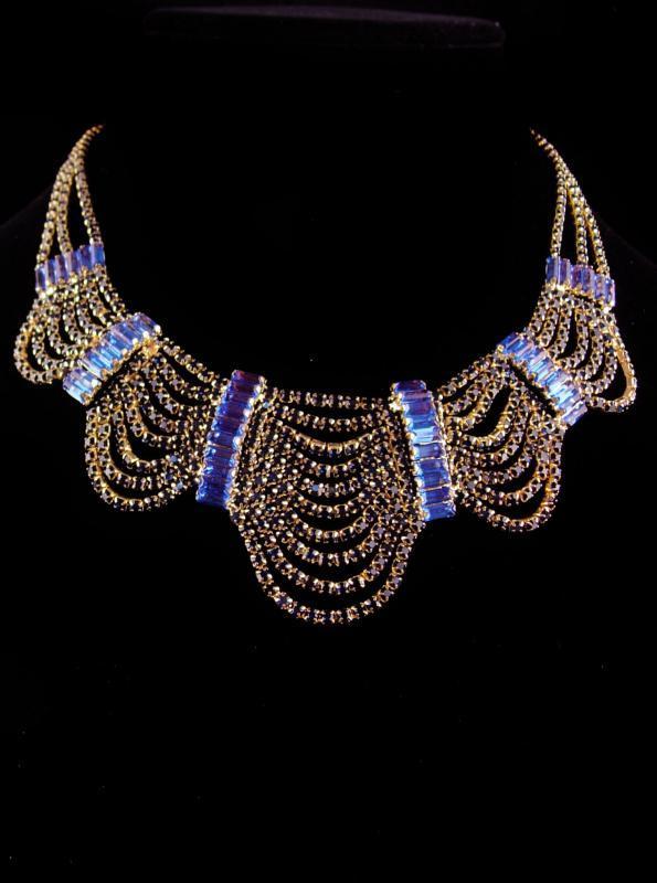 Stunning Edwardian style necklace - blue Rhinestone statement jewelry - 400 stones - Costume jewelry - dramatic bib necklace - gothic choker