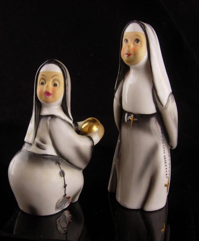 Vintage Nun Figurines - Lefton statues - religious catholic gift - nuns with rosary