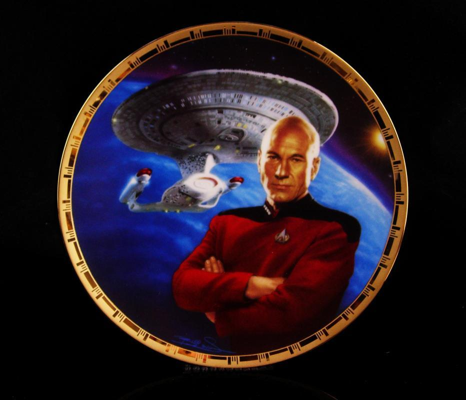 Vintage star trek plate - original box and paperwork - Picard numbered plate - The Next Generation - gift for him