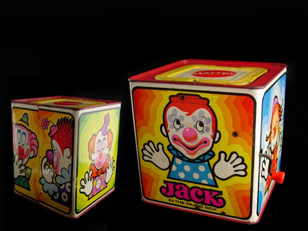 Vintage Jack in the box - Musical vintage toy - Mattel clown toy - Ted Duncan animated childrens toy - music box - pop goes the weasel