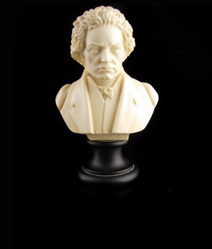 Vintage Beethoven Bust - composer bust - A.Giannelli Italy Sculpture - musician gift - classical music - carved bust - 1965