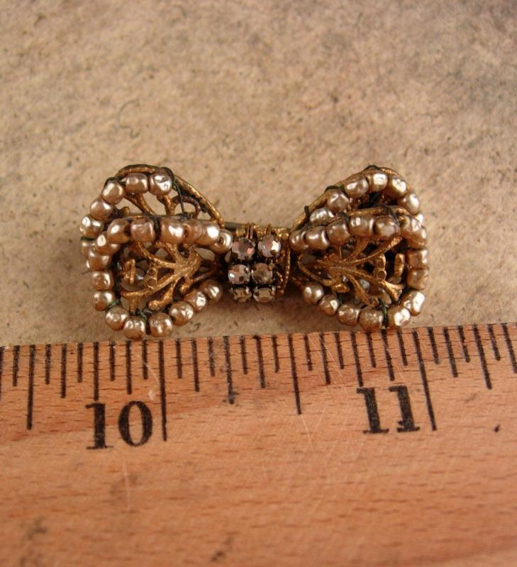 Vintage Miriam Haskell Brooch - filigree bow - hand wired glass pearls - estate jewelry - signed designer jewelry