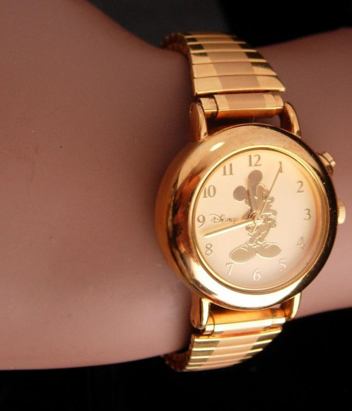 Vintage golden mickey watch - raised relief gold mouse - Hadley Roma - S11 - water resistant runs well - ladies wristwatch