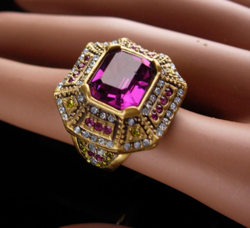 Stunning Art Deco style Ring / Heidi Daus faux amethyst peridot - Size 6 1/2 - couture gift for her - 4th 5th 9th 21st 45th anniversary