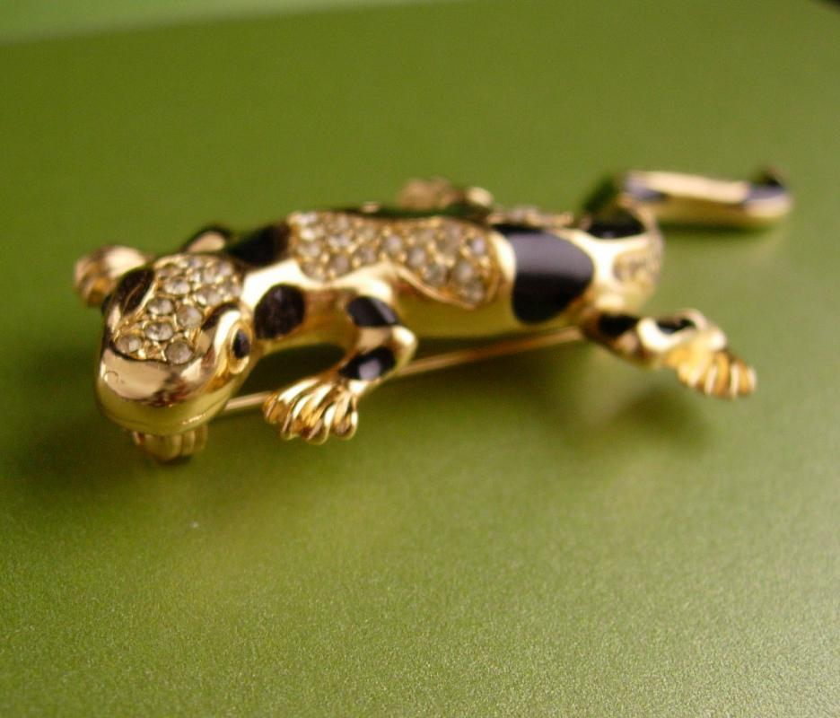 Signed Christian Dior lizard brooch - Vintage designer rhinestone gecko pin - couture jewelry - gold black figural jewelry -