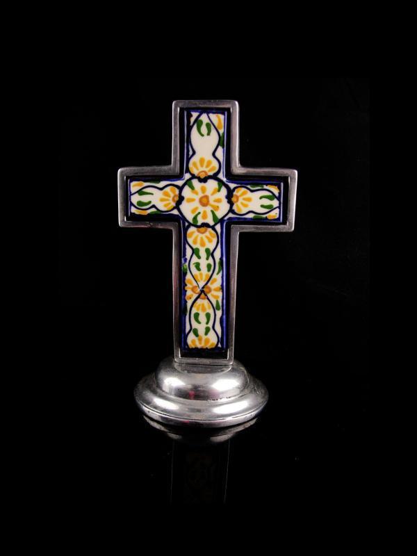 Vintage Religious Alter Cross statue - Ornamental Spanish Mexico Tile  11