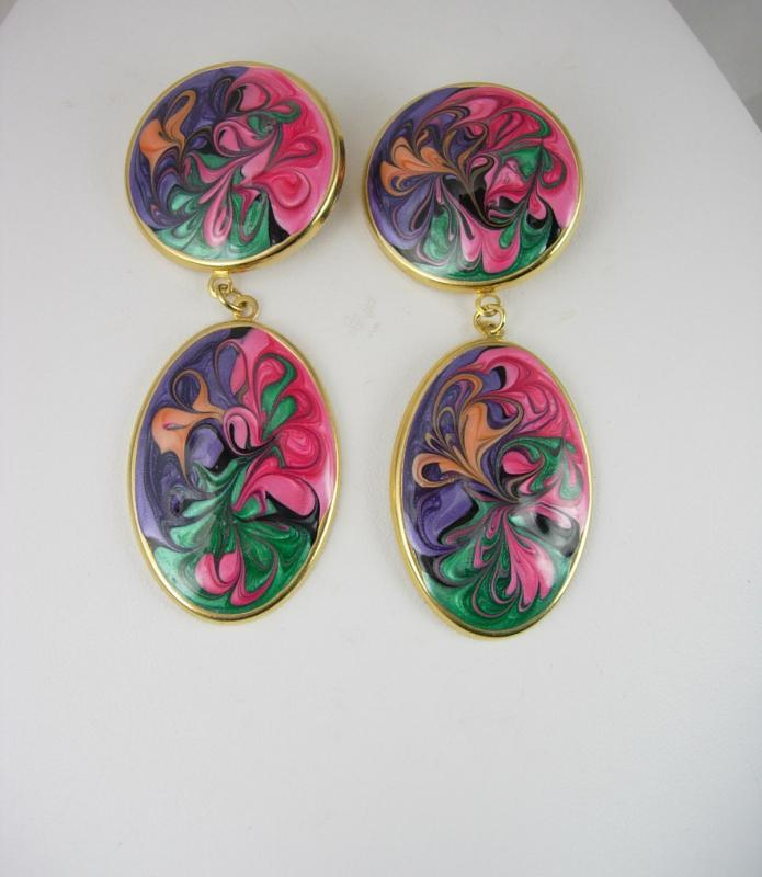 Vintage Popart earrings dangle clip on Mothers Day