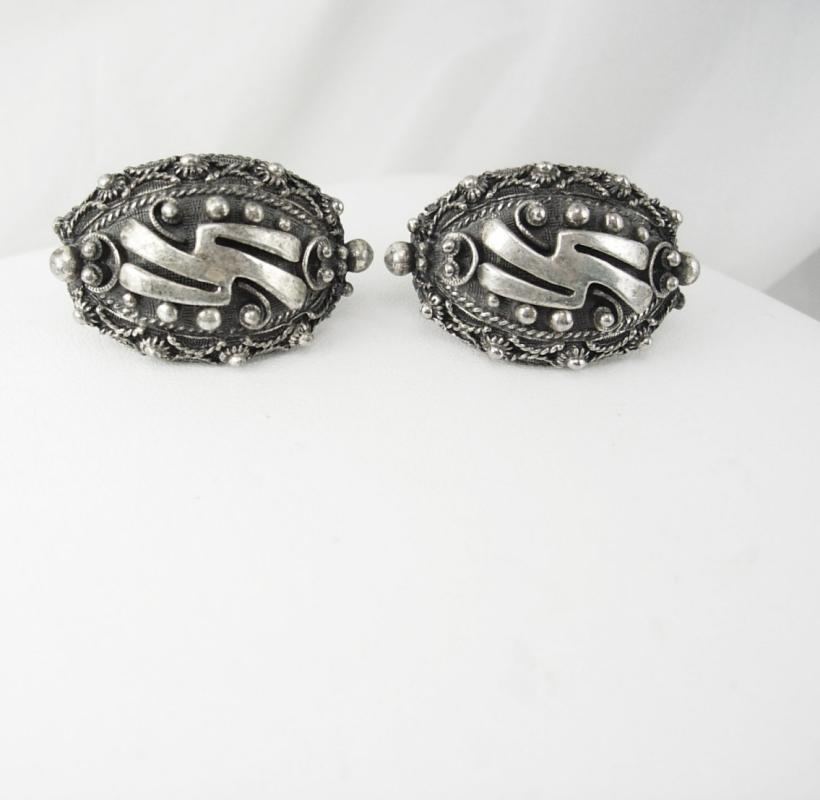 Botticelli Etruscan silver earrings clip on vintage 22.4 grams medieval gothic renaissance