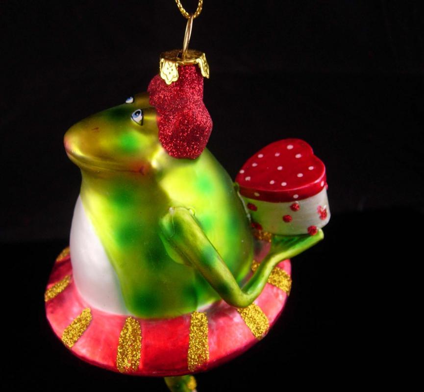Valentine FROG ornament / glass ornament / Prince charming with heart gift box / crown prince / vintage Toad whimsicl mens gift