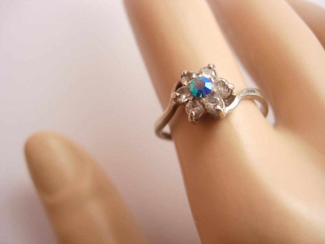 Vintage Sterling Silver Hallmarked Aurora Borealis Rhinestone Ring Birthday Valentine's