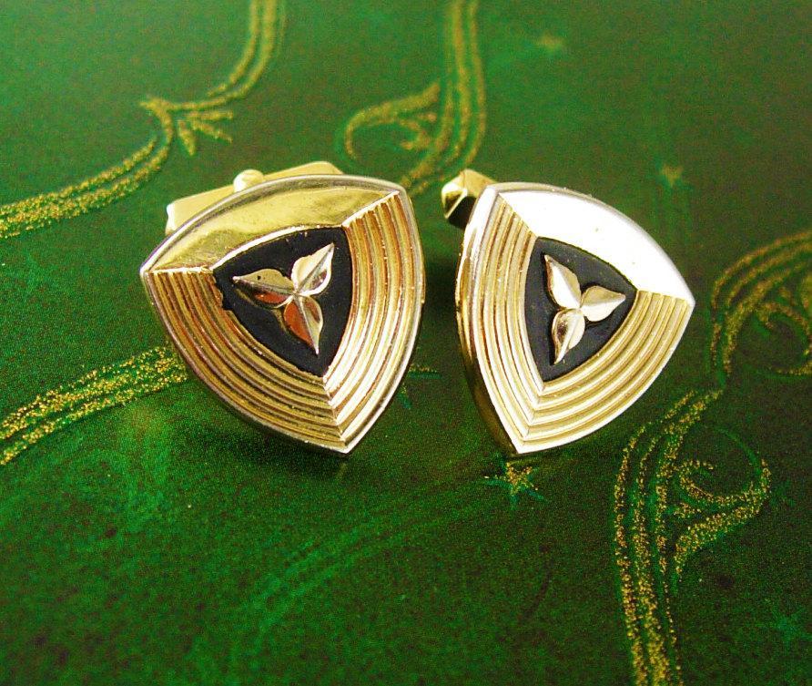 Swank Cufflinks Flower Black Enamel Cuff links Vintage Gold plated Triangle mens gift estate formal wear mens jewelry