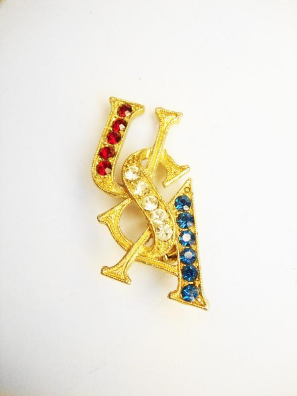 Vintage  Brooch Red White And Blue  rhinestone olympics Jeweled USA patriotic 4th of July