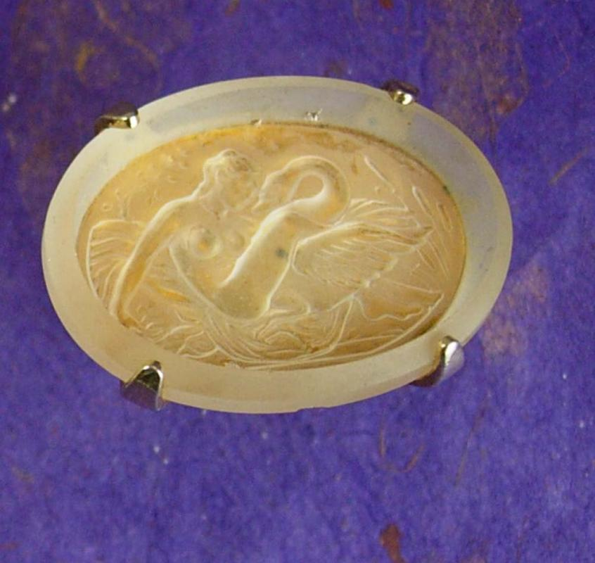 Artistic Nude cufflinks Sculpture Cufflinks Bavaria Crystal glass intaglio Vintage Leda & the swan SWank Decorative Cuff link Accessory