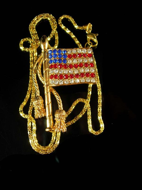 Rhinestone necklace Flag necklace brooch Patriotic necklace USA Blue Vintage necklace Red White Gold Tone Military Veteran United we Stand
