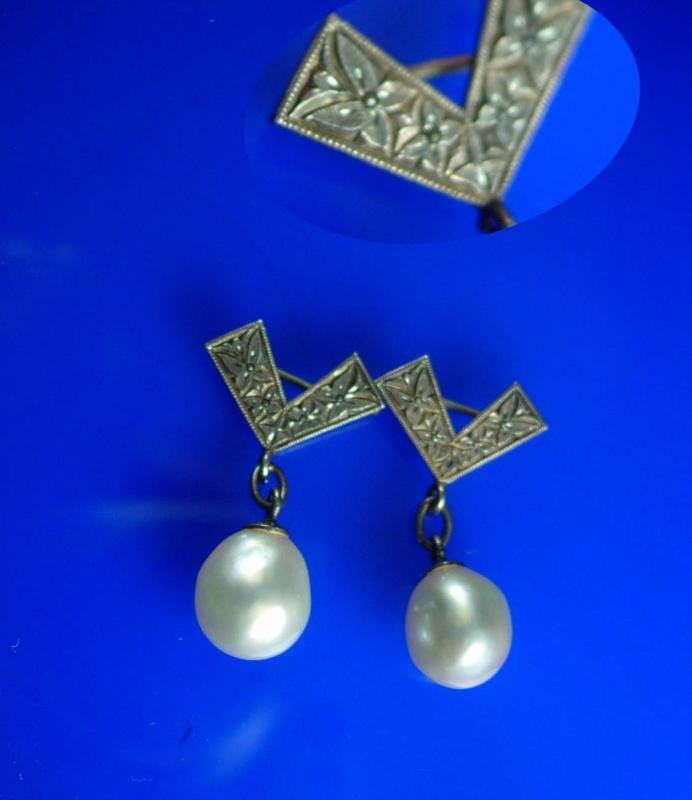 Matching Antique Pearl Brooch pins Vintage genuine pearl mother daughter set sterling victorian relief  bride gift