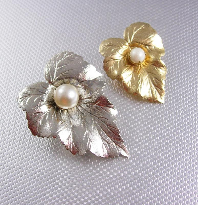 Matching Vintage pearl leaf brooch set bride and mother