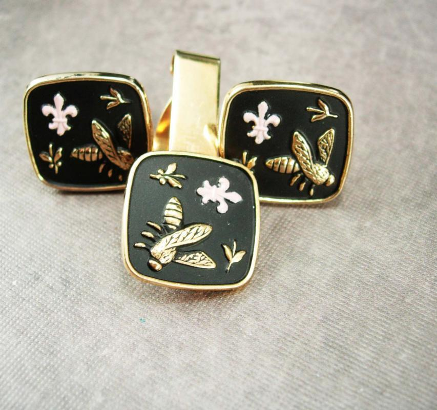 Vintage Napoleon Bee Cufflinks Tie clip set pink Fleur de Lis heraldic Empire sovereigns of France gold mens cuff links Tie bar