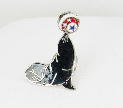 Aminco  Circus Seal Tie Pin Tie Tac Vintage pinback Enamel Seaworld