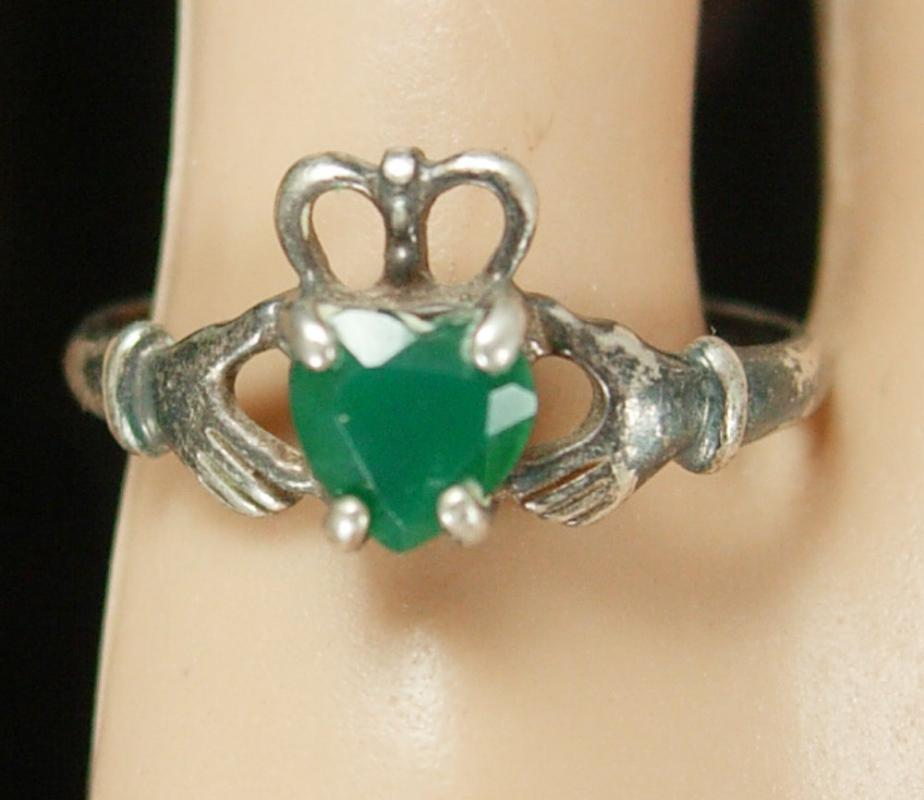 Sterling IRISH Claddagh Ring Vintage Chrysoprase Ireland silver Celtic Heart Loyalty Friendship Jewelry size 9 1/2 birthstone anniversary