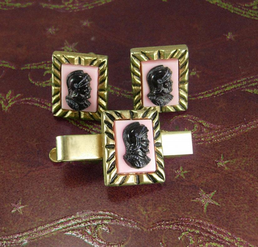Retro PInk cameo cufflinks tieclip medieval chess knight renaissance  royal wedding groom gold gift designer mens jewelry Neoclassical