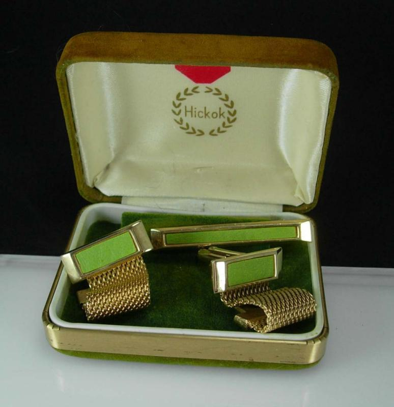 Olive LEATHER Cuff links set Gold Mesh wrap Vintage Cufflinks Original Box Cuff Links Tie Clip Hickok  gift set father of the bride Tie bar