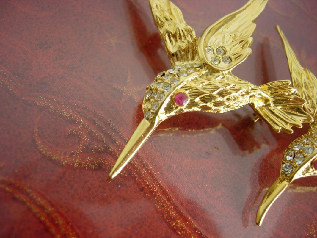 Genuine ruby Hummingbird brooch duette set Vintage Gold Bridesmaid gift mother of the bride Friendship present Evan st Clair July birthstone