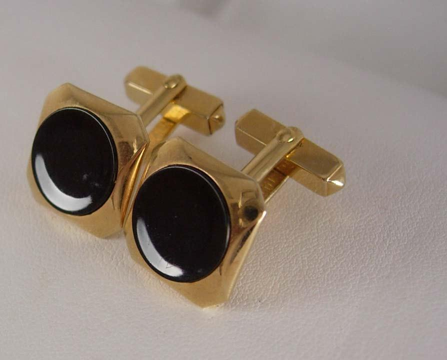 SWANK Quality Gold plated Cufflinks Vintage Black Angled Posts Heirloom Estate Shirt Accessory