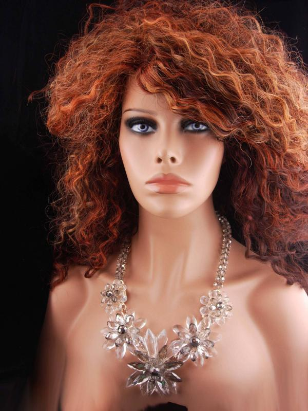 Statement necklace / Runway jewelry / crystal faceted bib / Drag queen / clear flower bib / faceted glass / couture jewelry / wedding bib