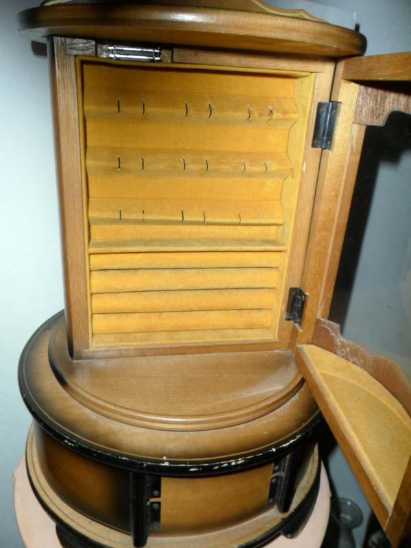 Vintage Rotating Jewelry Curio cabinet box double glass sides dresser vanity case
